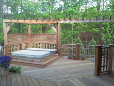 Multi-level deck made of mahogany